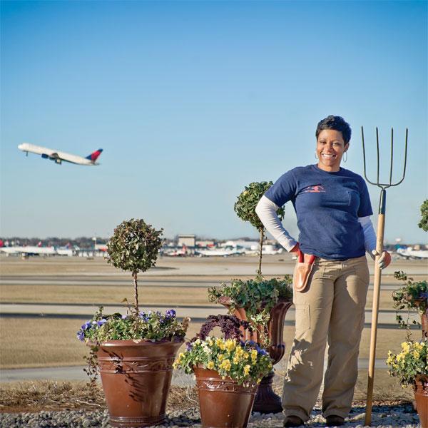 Garden Notebook: Airport