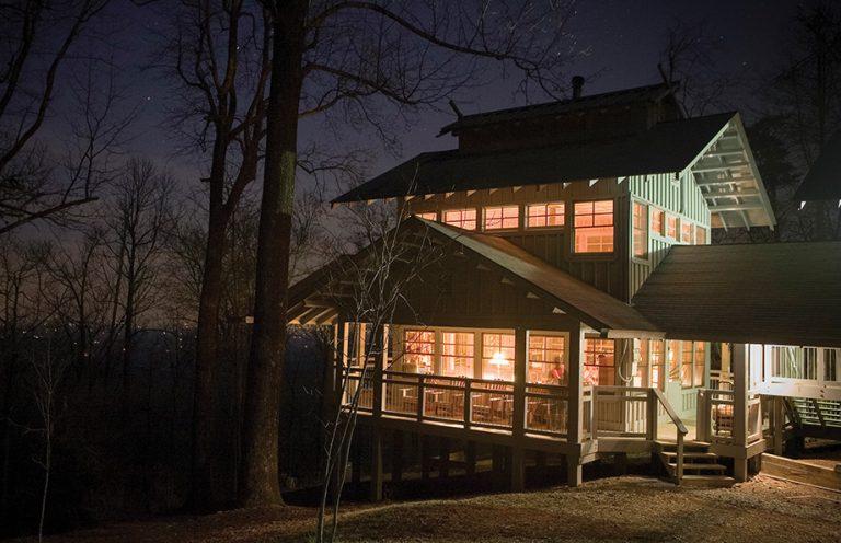Bunk up: The Len Foote Hike Inn