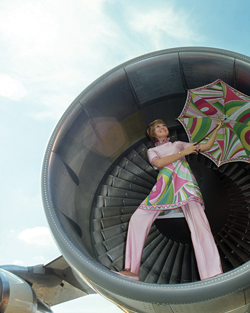 A Pucci design on a Braniff Airways hostess, Early 1970s.