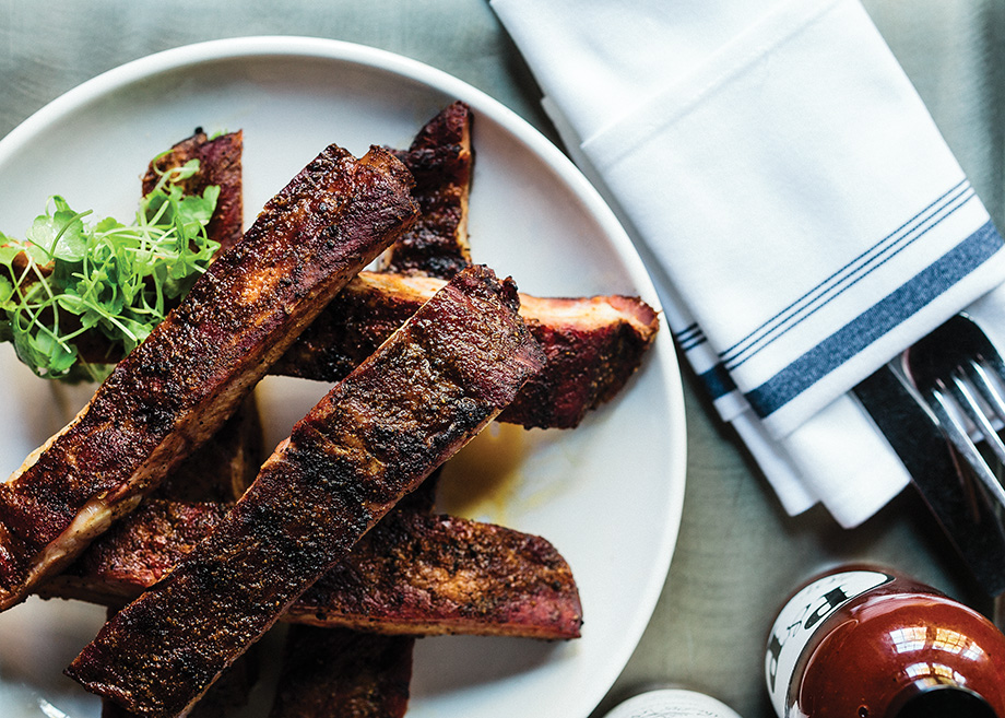 Of all the main courses, the ribs are the best.
