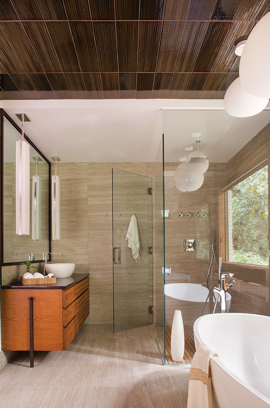 Horizontal lines play out in the planked vanity, shower floor, and textured ceiling.
