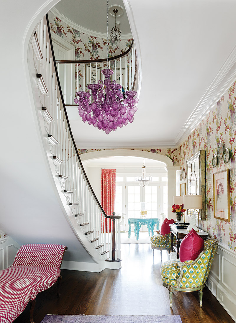 Room Envy foyer