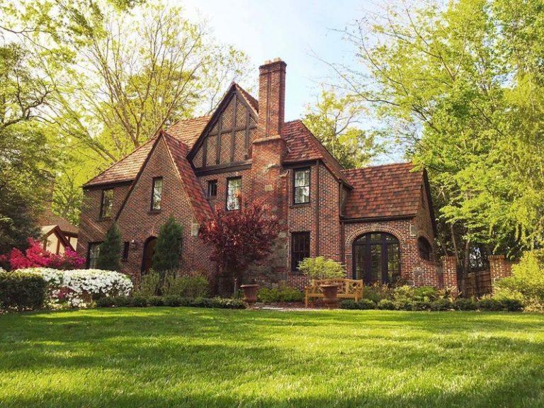 House Envy: Tudor beauty enjoys best of past and present