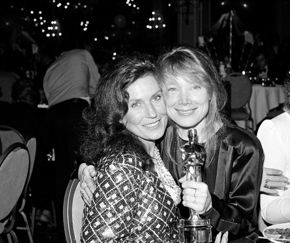 Spacek celebrates with Lynn after her Oscar win.
