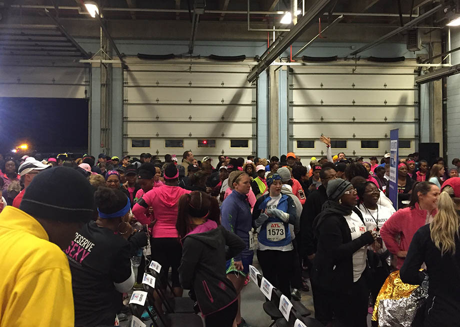 Runners fill up Firehouse 33 before the race.