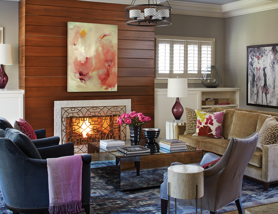 Room Envy: This Brookhaven sitting room ditches dark decor for a ...