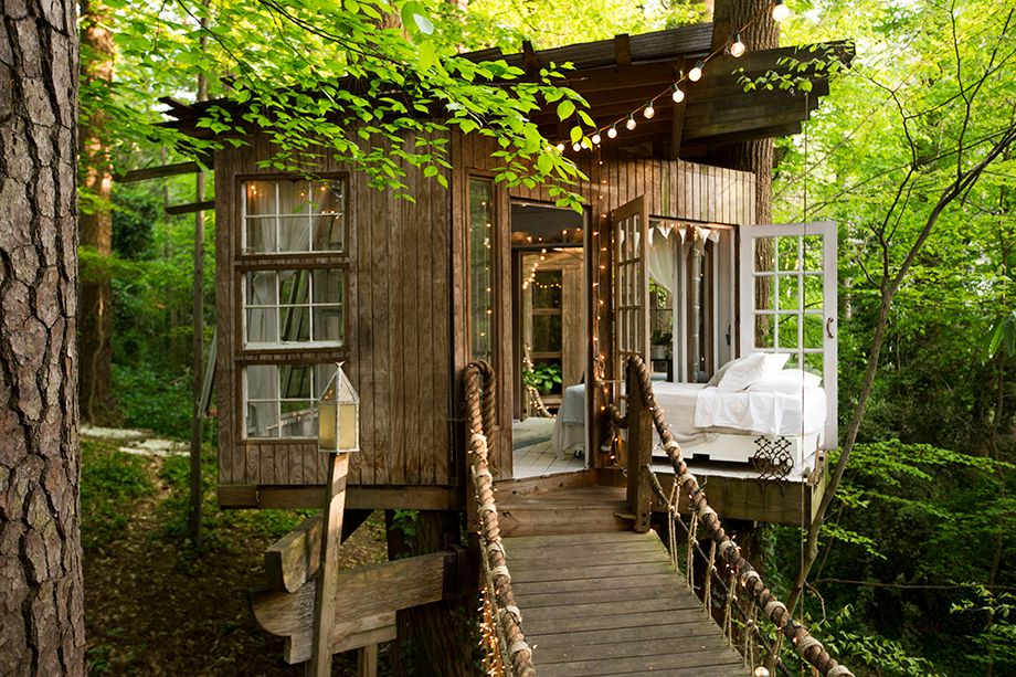 inside the buckhead tree house you can rent on airbnb atlanta magazine