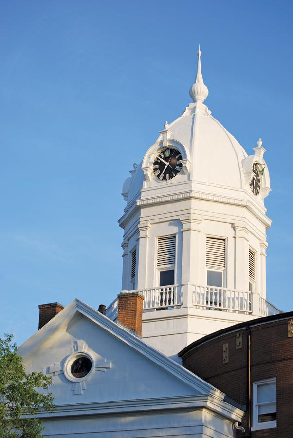 Monroeville_clock-tower_Melinda-Shelton-via-Flickr