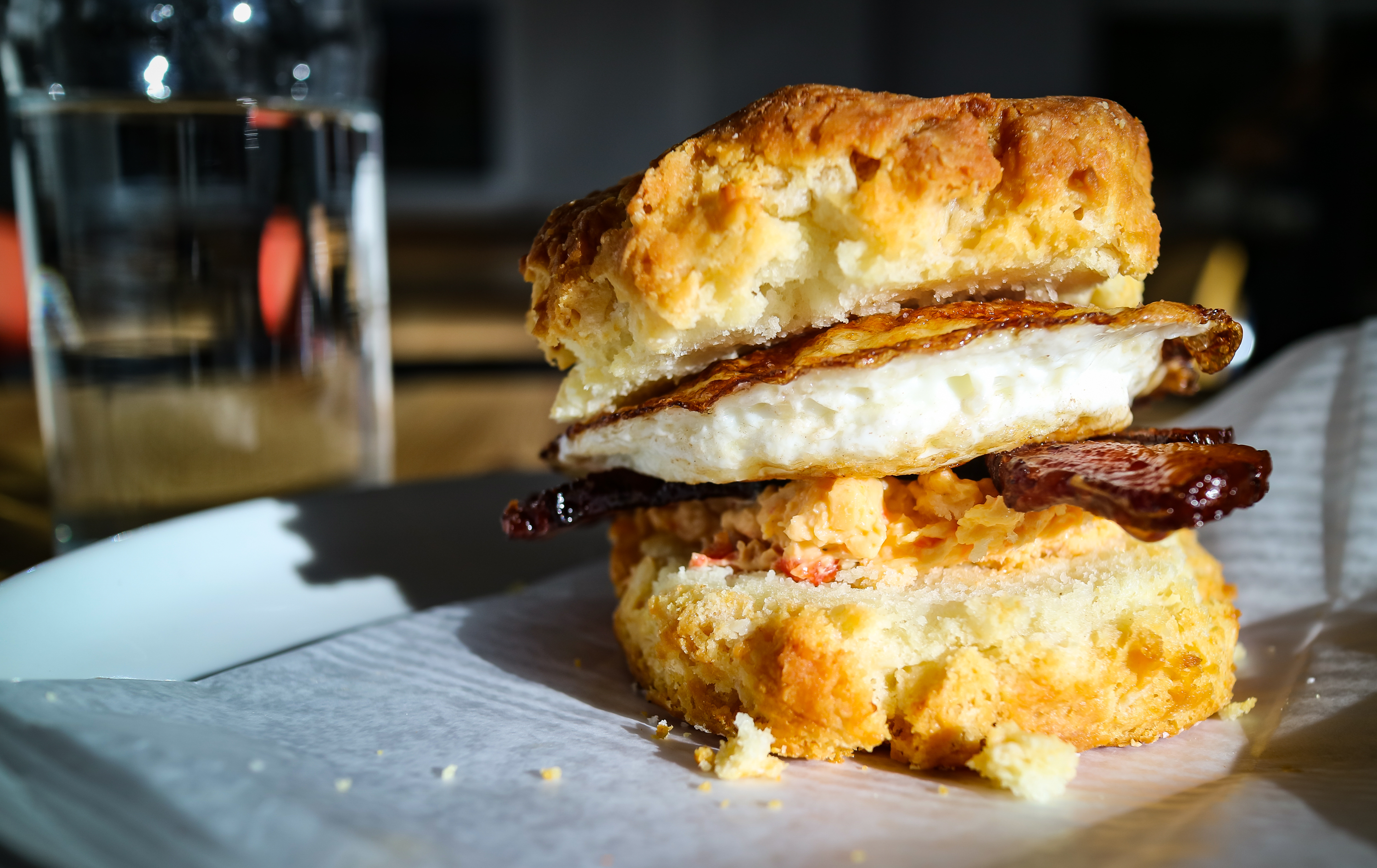 The biscuit sandwich at 8 Arm.