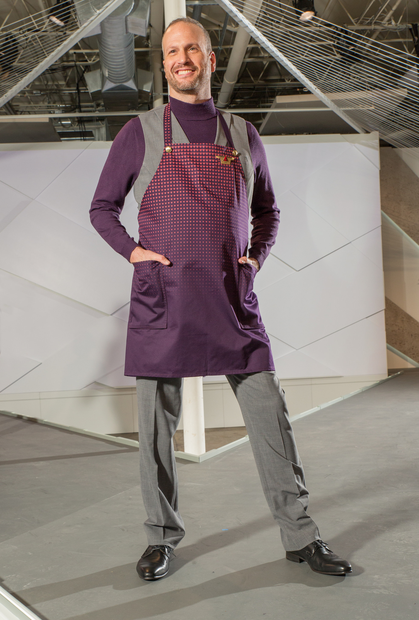 An apron for in-flight meal service
