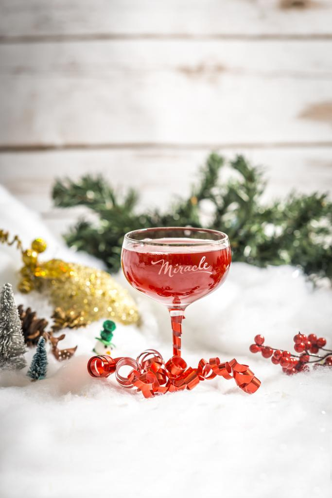 Christmopolitan cocktail
