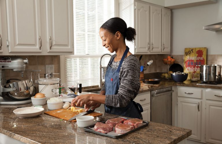 With Sunday supper, Erika Council carries on her family's soul food traditions