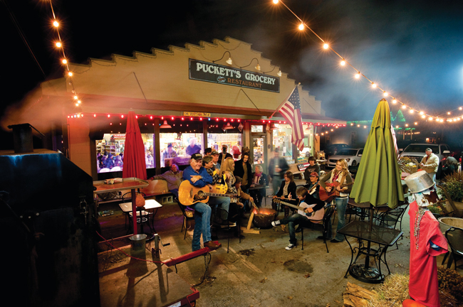 Leiper's Fork, Tennessee: Music City's country cousin