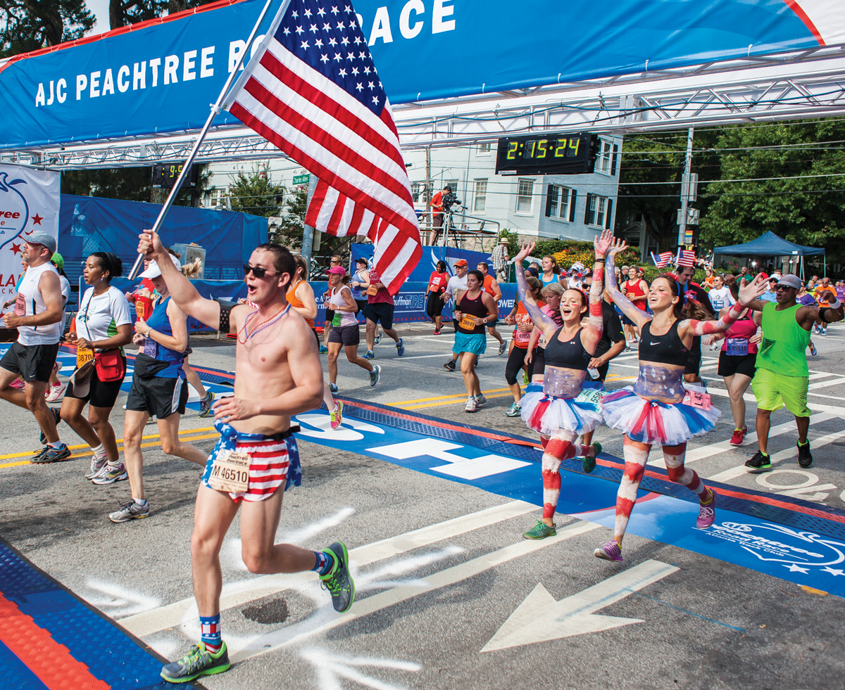 how long is the peachtree road race