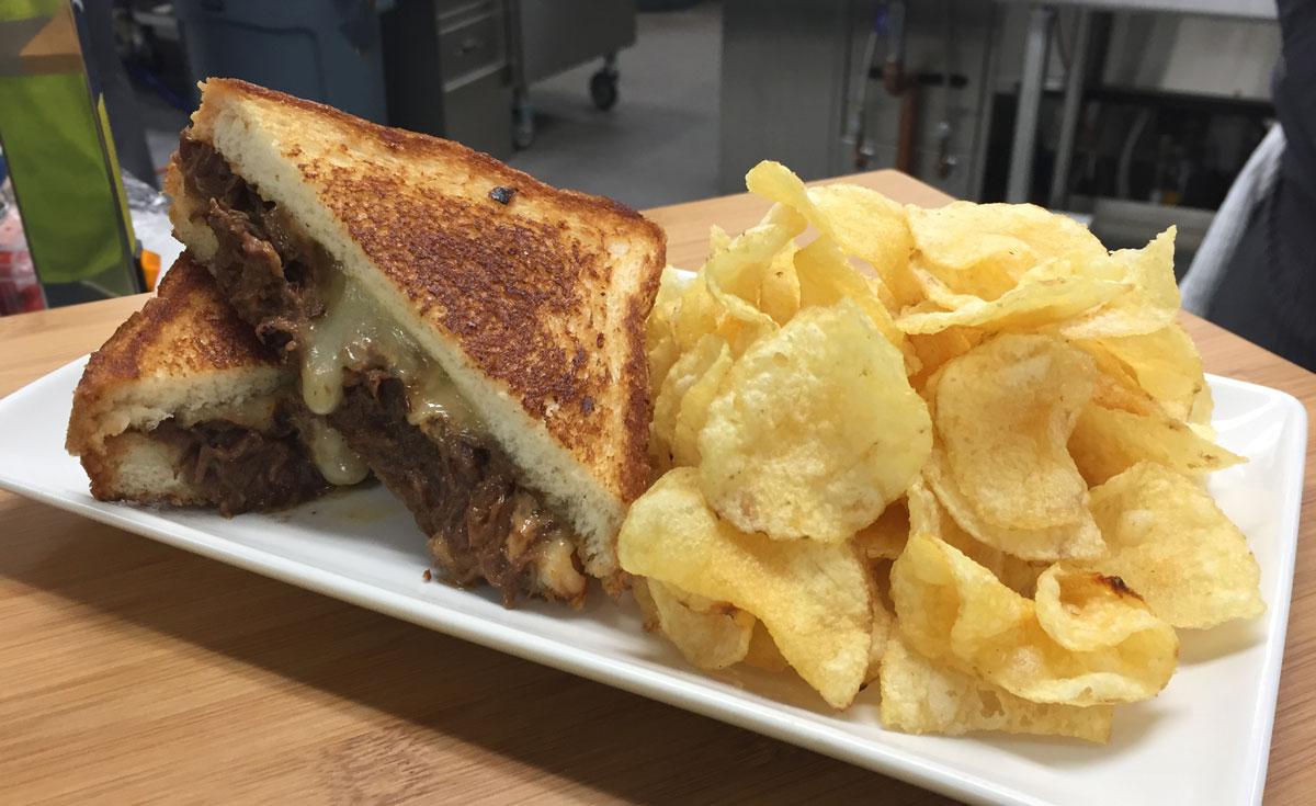 What to eat at Mercedes-Benz Stadium