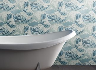 Bath and wallpaper