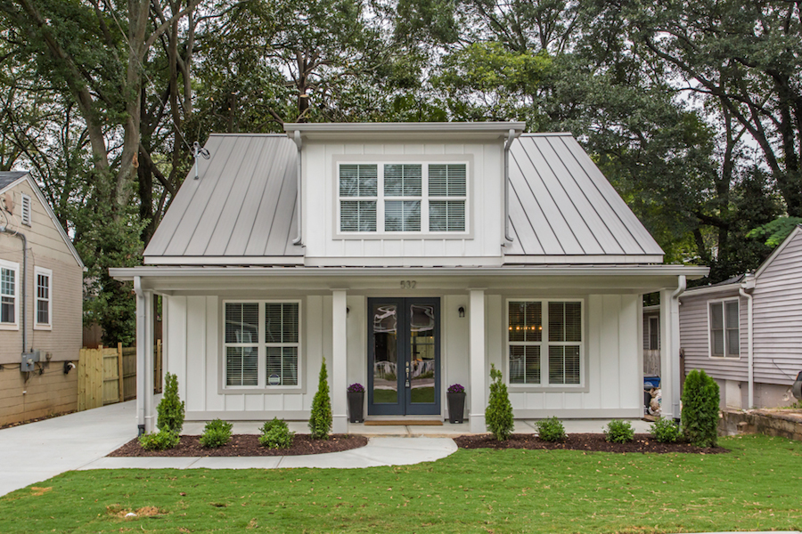 House Envy This Modern Farmhouse Lands In Historic Grant