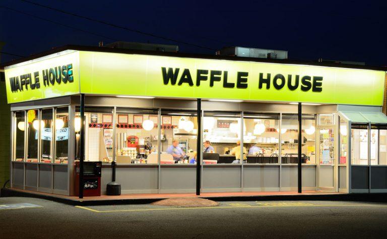"Hurricane Irma ""set the record"" for Waffle House closings"