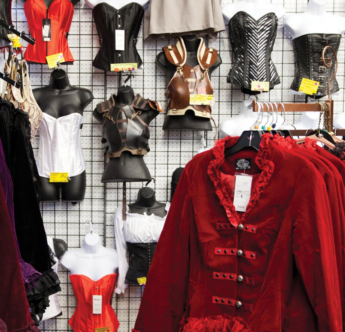 Costumes Etc