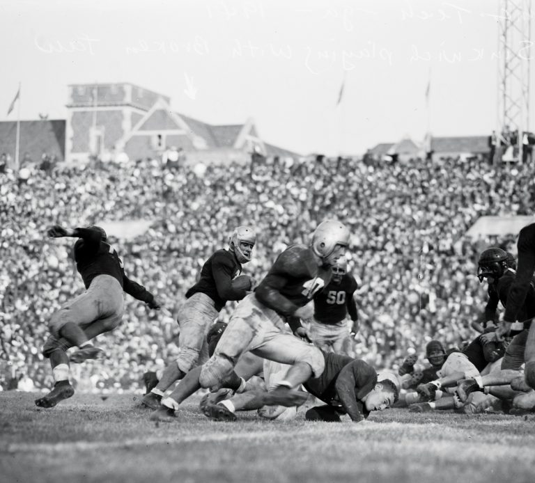 """UGA-Tech's """"clean, old-fashioned hate"""" at Grant Field, 1941"""