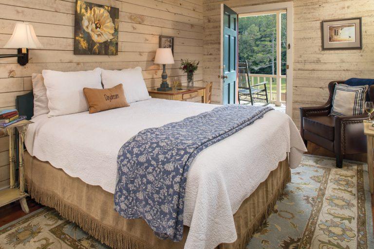 Where to Stay: Spotlight on Glen-Ella Springs Inn & Restaurant