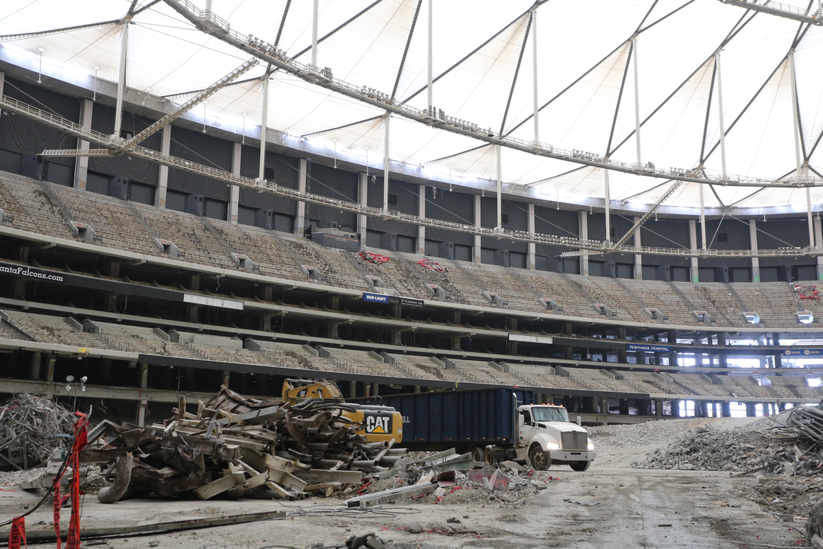 Georgia Dome Implosion Interior >> 11 Things To Know About The Georgia Dome Implosion Atlanta Magazine