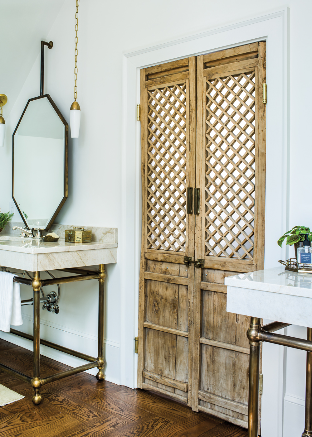 This Bohemian Bathroom Is The Perfect Cozy Retreat