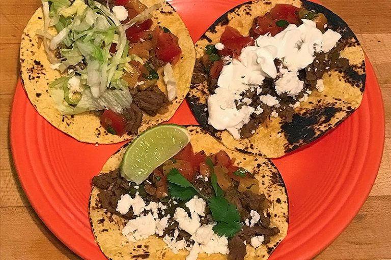 These street tacos are a healthy weeknight meal the whole family will love