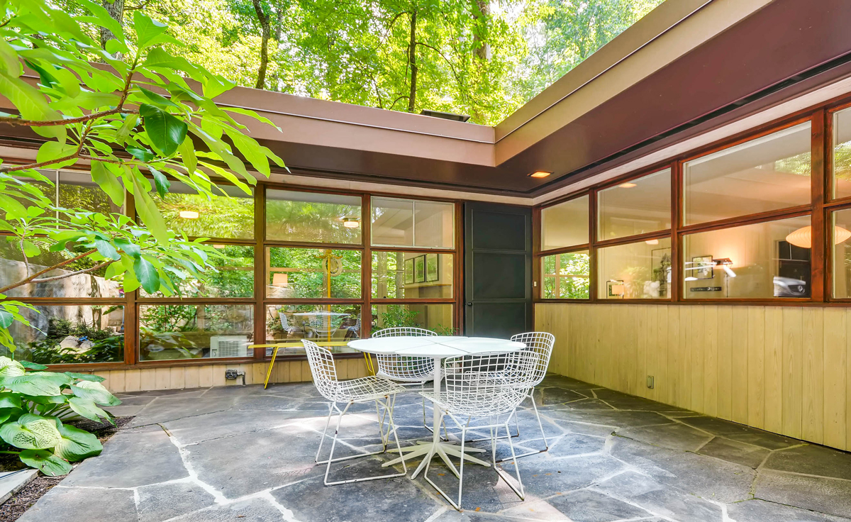 midcentury modern houses are in demand in atlanta and at a higher