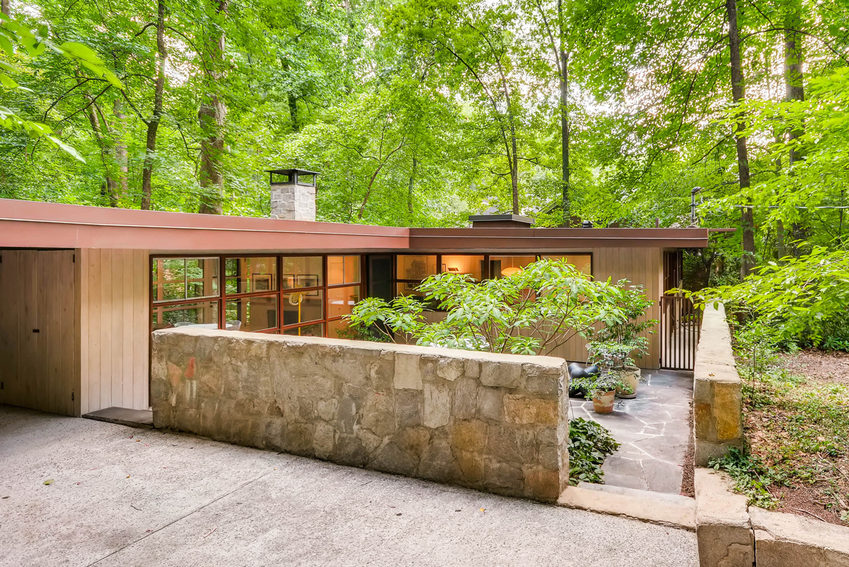 Houses And Floor Plans Midcentury Modern Houses Are In Demand In Atlanta And At A