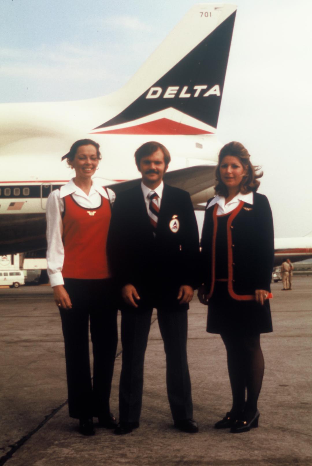 Delta Uniforms 1973-1975