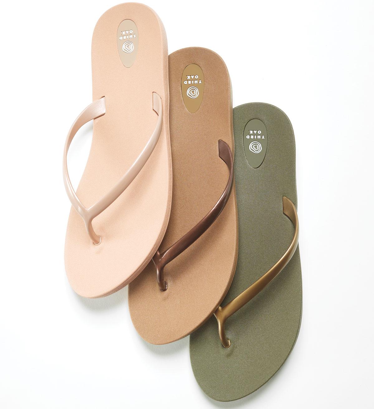 Third Oak Sandals