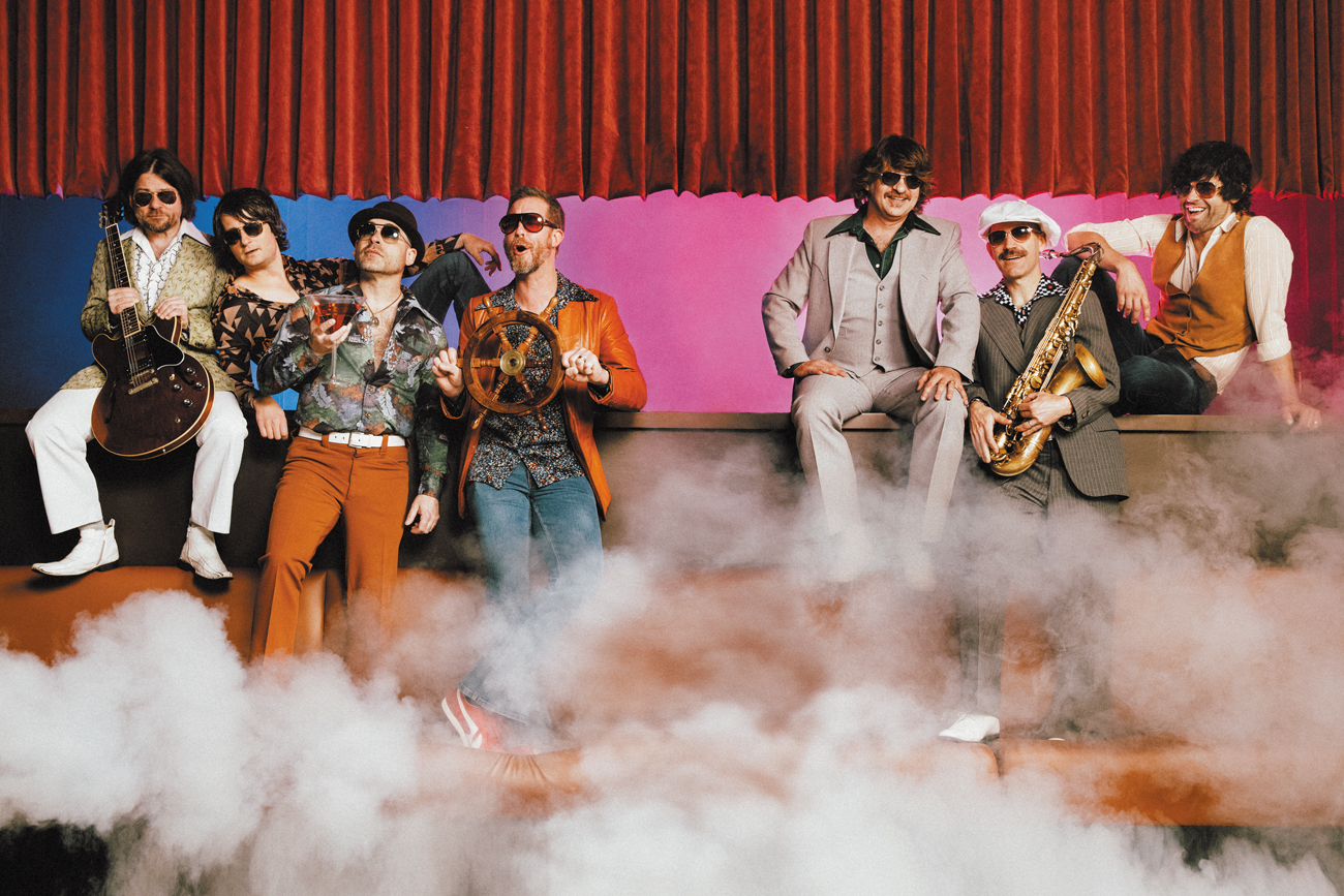 Confessions of a Cover Band: Yacht Rock Revue croons the ...