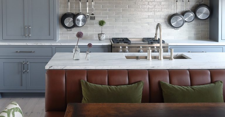 Room Envy: This cozy kitchen moves the refrigerator and small appliances out of view