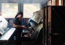 75 Best Restaurants in Atlanta: B's Cracklin' BBQ