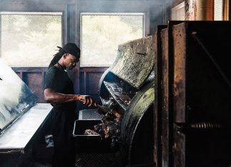 75 Best Restaurants in Atlanta: B's Cracklin' BBQ