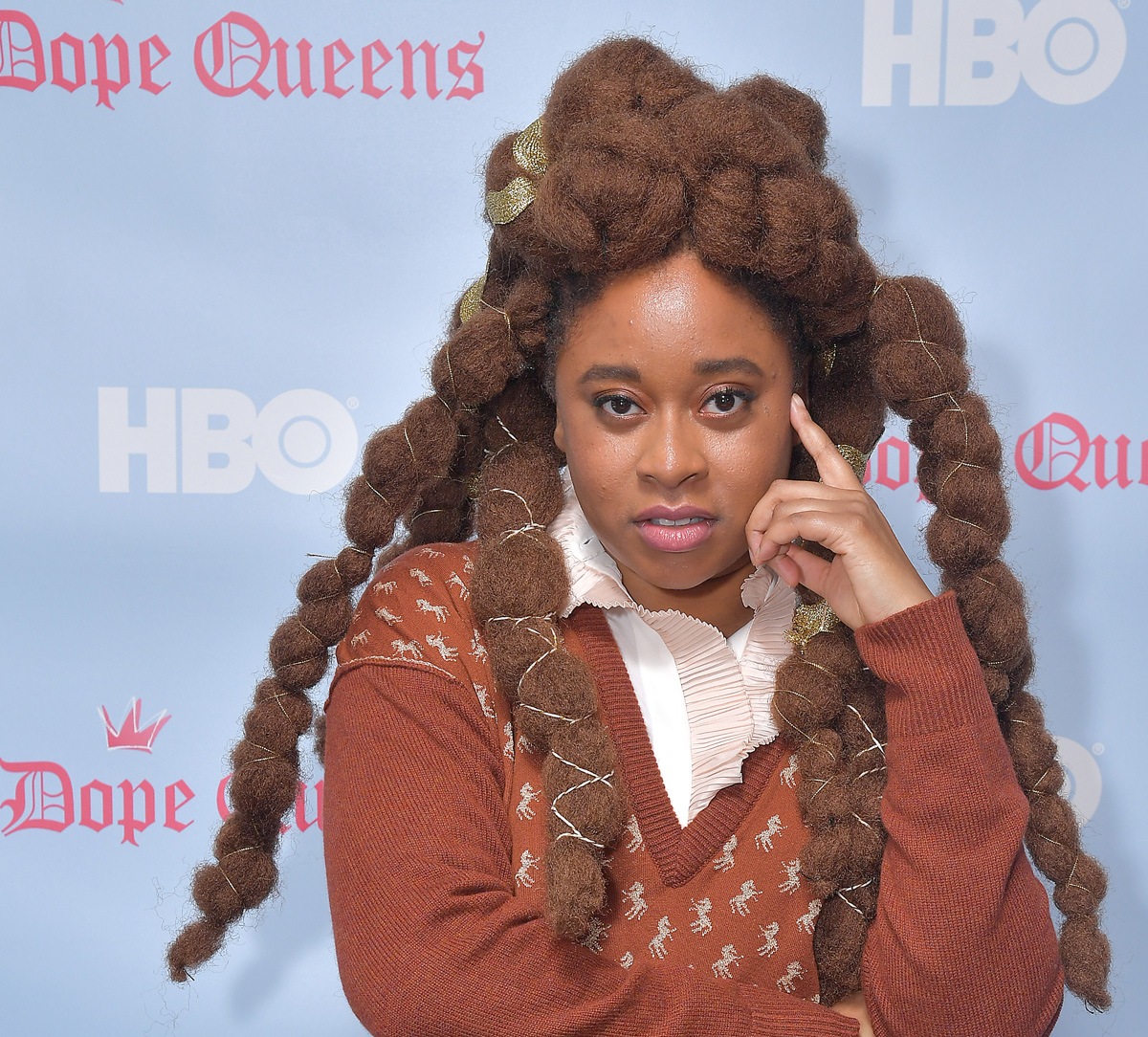 Phoebe Robinson 2 Dope Queens