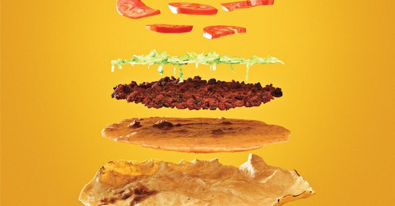 Find the perfect tlayuda (Mexican pizza) at this gas station restaurant