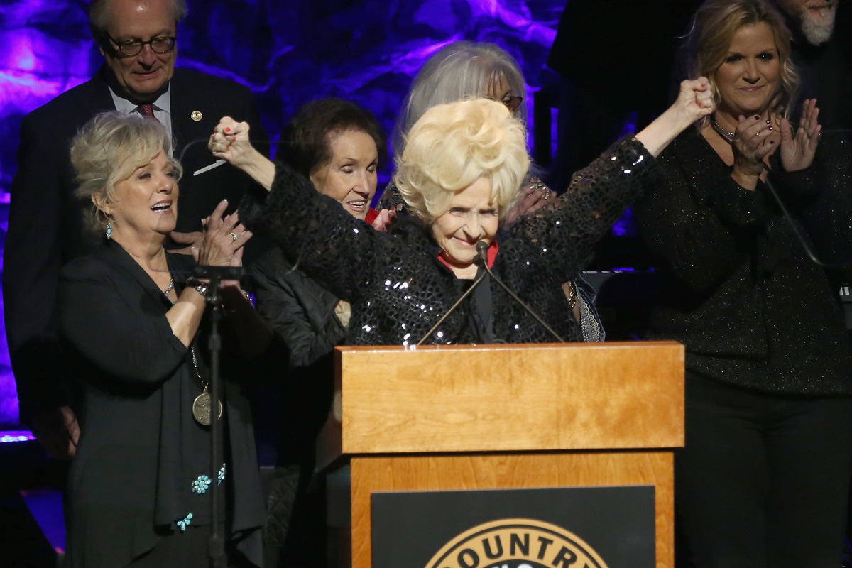 Brenda Lee Georgia Legend Award
