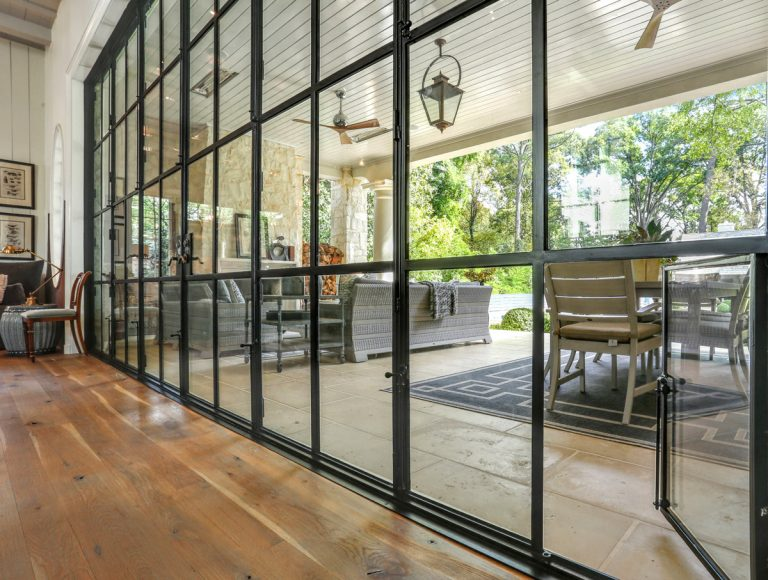 Metal-frame windows are in. 5 things to know before you choose the modern staple.