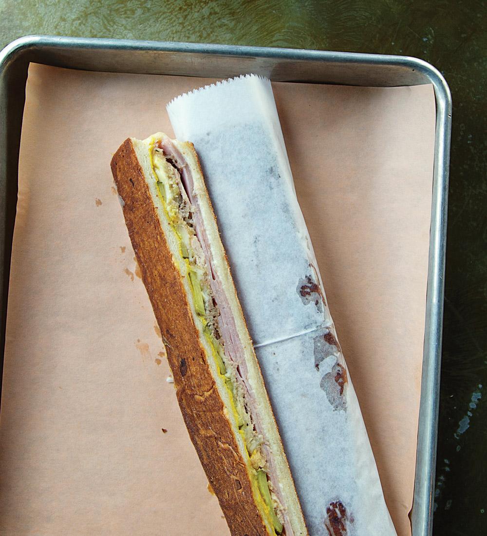A cue-bano sandwich