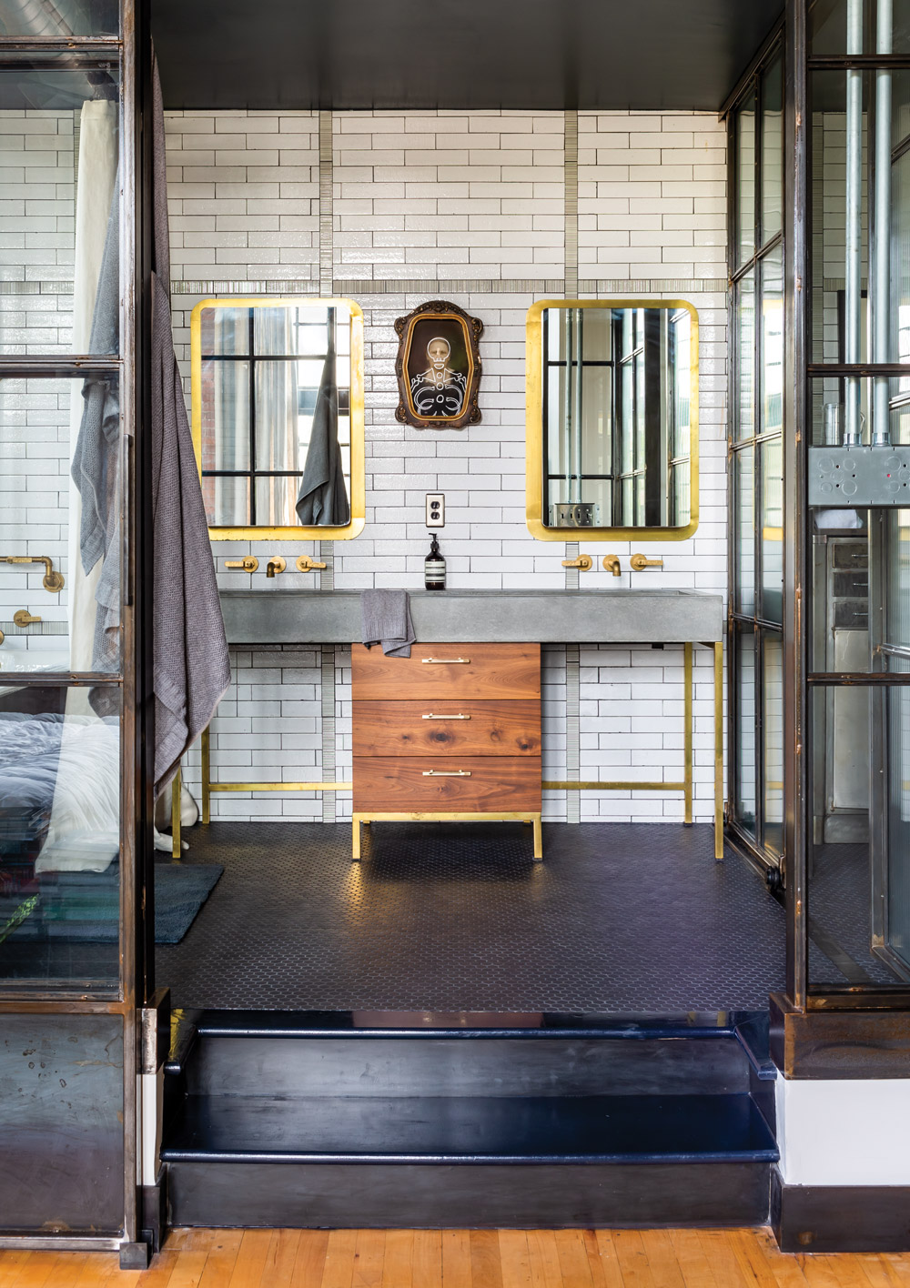 Elizabeth Ingram and Alton Brown's Marietta loft
