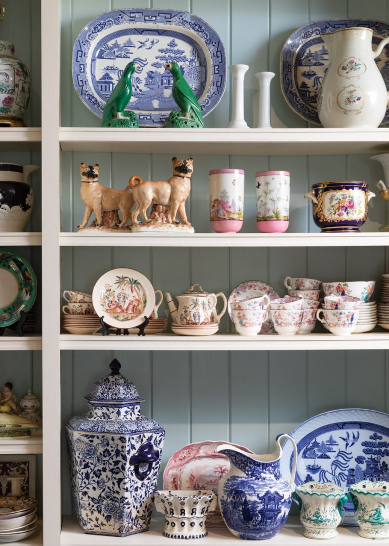 A designers' handbook to shopping for antiques in Atlanta