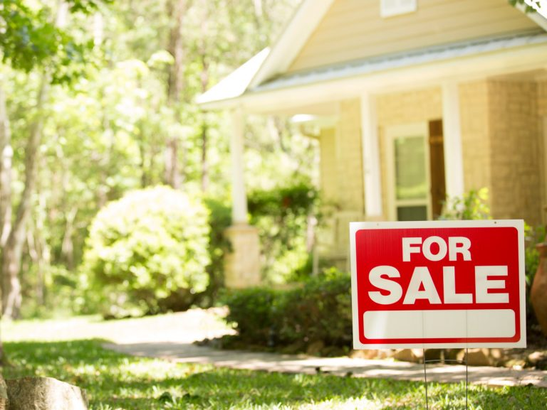 3 tips for buying and selling homes in 2020