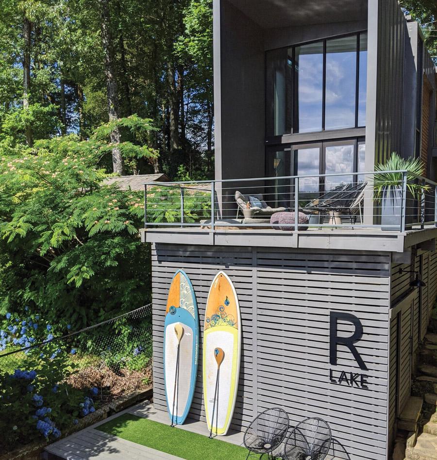 """R Lake,"" a modern home on Lake Rabun"