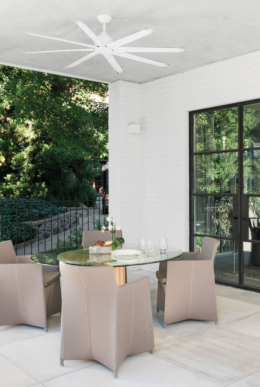 Historic references and a modern sensibility influence this Midtown home in equal measure