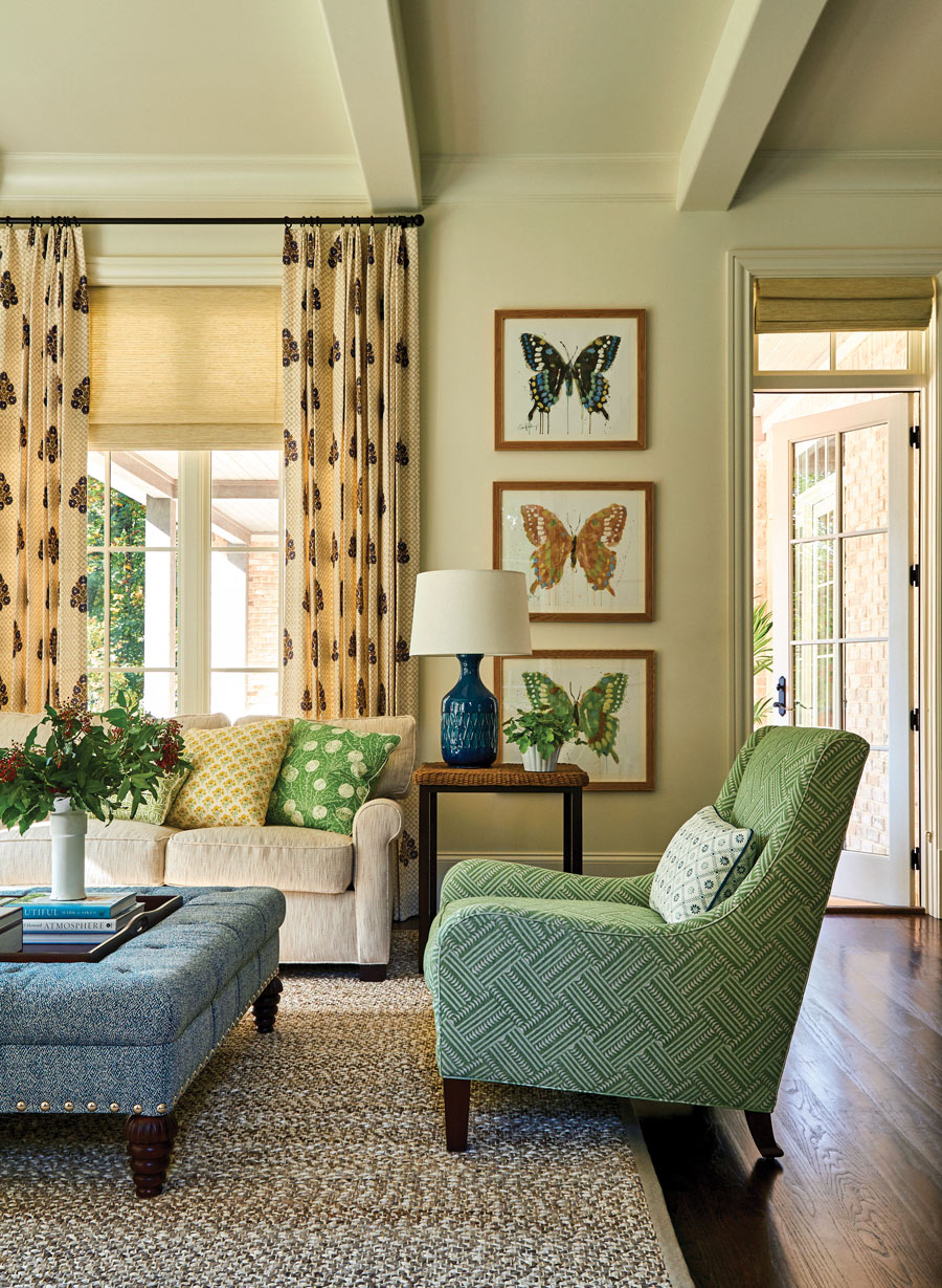 Designer Andrew Howard's sophisticated South Florida style and a thoughtful art collection create perfect harmony
